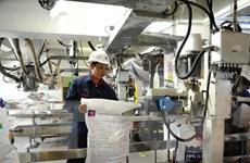 """Sản xuất phân bón trong nước vẫn """"lao đao"""" vì thuế VAT"""
