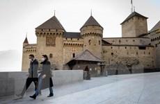 Doanh nghiệp Thụy Sỹ mở cửa trở lại sau khi Chính phủ nới lỏng các hạn