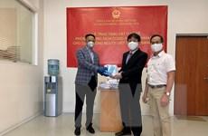 Việt Nam gửi tặng cộng đồng người Việt ở LB Nga khẩu trang y tế