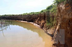 Thừa Thiên-Huế: Sạt lở sông Bồ - hậu quả từ tình trạng khai thác cát