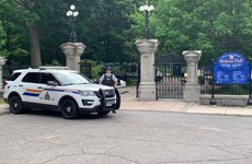 Canada: Bắt một quân nhân có vũ trang lao ôtô vào khu dinh Thủ tướng