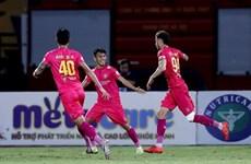 Hạ Hải Phòng, Sài Gòn FC leo lên ngôi đầu với thành tích bất bại