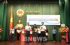 Thông tấn xã Việt Nam đoạt 2 giải báo chí viết về ngành tài chính