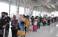 Dịch COVID-19: Đưa hơn 340 công dân Việt Nam từ Thái Lan về nước