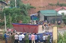 Lào Cai: Thăm hỏi, động viên gia đình các em bị nạn do sập cổng trường