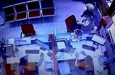TP.HCM: Truy bắt nữ đối tượng cướp chi nhánh ngân hàng Techcombank