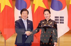 [Photo] Chủ tịch Quốc hội đón và hội đàm Chủ tịch Quốc hội Hàn Quốc
