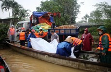 Điện thăm hỏi tình hình mưa lũ và sạt lở đất tại các tỉnh miền Trung