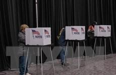 Đảng Cộng hòa và Dân chủ bám đuổi sít sao tại Thượng viện