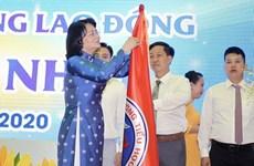 Phó Chủ tịch nước dự Lễ kỷ niệm 100 năm lập Trường Đinh Tiên Hoàng