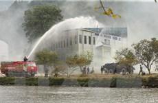 [Photo] Bộ đội hóa học diễn tập ứng phó sự cố môi trường