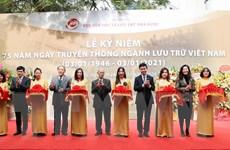 """Trưng bày """"Quốc hiệu và Kinh đô nước Việt trong tài liệu lưu trữ"""""""