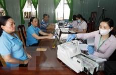 207 DN được vay vốn chính sách để trả lương cho lao động ngừng việc