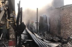 Tích cực điều tra, làm rõ nguyên nhân vụ cháy ở quận Hoàng Mai