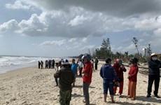 Quảng Ngãi: Hai người đuối nước, mất tích tại biển Mỹ Khê