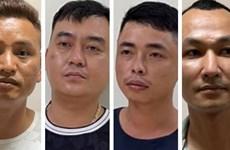 Bắt nhóm cưỡng đoạt tiền khách đi xe cao tốc Hà Nội-Bắc Giang.