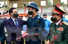 Hà Nội: Lễ giao, nhận quân trang trọng, đảm bảo phòng, chống dịch