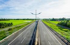 """Bất động sản Phan Thiết """"cất cánh"""" nhờ lợi thế hạ tầng vượt trội"""