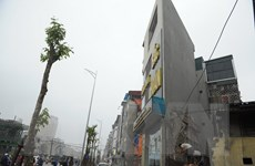 Hà Nội: Những ngôi nhà ''siêu méo siêu mỏng'' trên đường Vành đai 2
