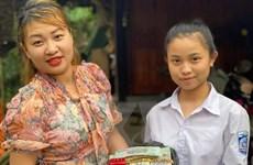 Hà Tĩnh: Nữ sinh trả lại 300 triệu đồng, 3 cây vàng cho người đánh rơi
