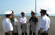 Đoàn công tác số 4 lên đường thăm quân và dân huyện đảo Trường Sa