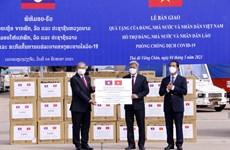 Ấm áp quan hệ đặc biệt Việt Nam-Lào trong cuộc chiến chống COVID-19