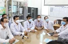 Bí thư Thành ủy TP.HCM thăm hỏi chiến sỹ công an mắc COVID-19
