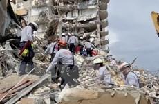 Số người chết trong vụ sập chung cư 12 tầng ở Mỹ tăng nhanh