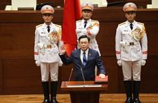 Chủ tịch Nhân đại Trung Quốc chúc mừng Chủ tịch QH Vương Đình Huệ