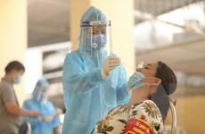 [Photo] Hà Nội tiếp tục lấy mẫu xét nghiệm ở khu vực có nguy cơ cao