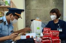 Lâm Đồng: Xử phạt chủ cửa hàng thực phẩm rao bán kit test nhanh