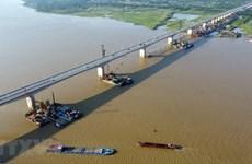 """Hà Nội: Nhà đầu tư bất động sản cân nhắc khi """"đón sóng"""" hạ tầng"""