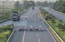 Phó Thủ tướng yêu cầu làm rõ việc chặn xe trên cao tốc Lào Cai-Nội Bài