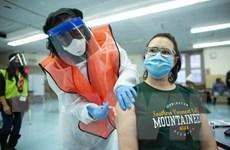 Mỹ: Những băn khoăn về mũi tiêm tăng cường ngừa COVID-19