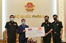 Bộ Quốc phòng tặng Bộ Quốc phòng Lào vật tư y tế phòng, chống dịch