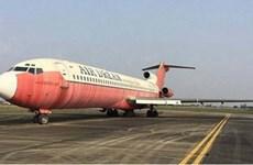 """Đề xuất hướng xử lý máy bay Boeing bị """"bỏ quên"""" ở sân bay Nội Bài"""