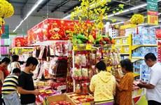 Các siêu thị đua nhau khuyến mãi giảm giá tới 50% dịp Tết