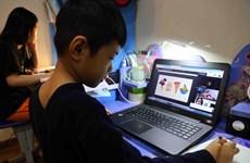 Để học online hiệu quả: Giáo viên, học sinh phải 'vượt núi' khó khăn