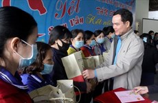 Tặng 500 vé máy bay cho lao động có hoàn cảnh khó khăn về quê ăn Tết