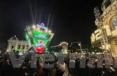 Hà Nội: 'Biển người' xuống đường, hân hoan chào đón năm mới