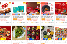Tết Trung Thu mùa COVID-19: Mua sắm, học làm bánh trên sàn online