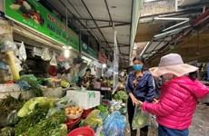 Hà Nội: Giá rau tăng cao, tiểu thương và người dân lắc đầu ngao ngán