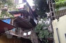 Ba con tin bị tên cướp khống chế tại khu tập thể Thanh Xuân Bắc
