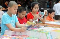 Hàng chục nghìn ấn phẩm góp mặt tại Hội chợ sách mùa Hè 2015