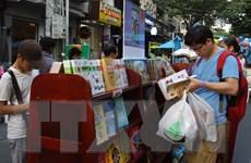 Nhiều loại sách được giảm giá tới 90% tại Lễ hội sách Hoa Học Trò