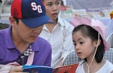 """Gây quỹ cộng đồng tặng sách """"Tôn trọng cơ thể mình"""" cho trẻ em"""