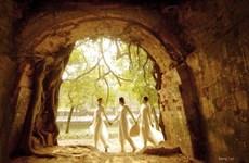 """""""Mùa nắng phai"""": Những vẻ đẹp xưa cũ qua góc nhìn của Dzung Art"""