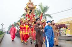 Yêu cầu bố trí điểm phát ấn thuận lợi cho du khách tại lễ hội Đền Trần