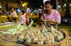 Trở về tuổi thơ trong không gian chợ quê truyền thống ở Hà Nội