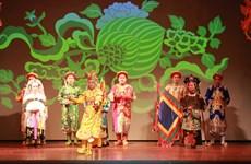 Hình ảnh lộng lẫy của khăn chầu áo ngự trong Tín ngưỡng thờ Mẫu